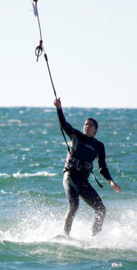 A kiteboarding bypass leash in action