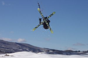 Snowkiting with skis