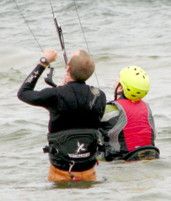 kiteboarding lesson instructor