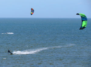 Kiteboarding in gusty conditions